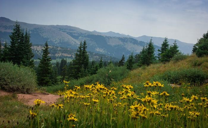 Shrine Ridge and the Leadville Colorado & SouthernRailroad